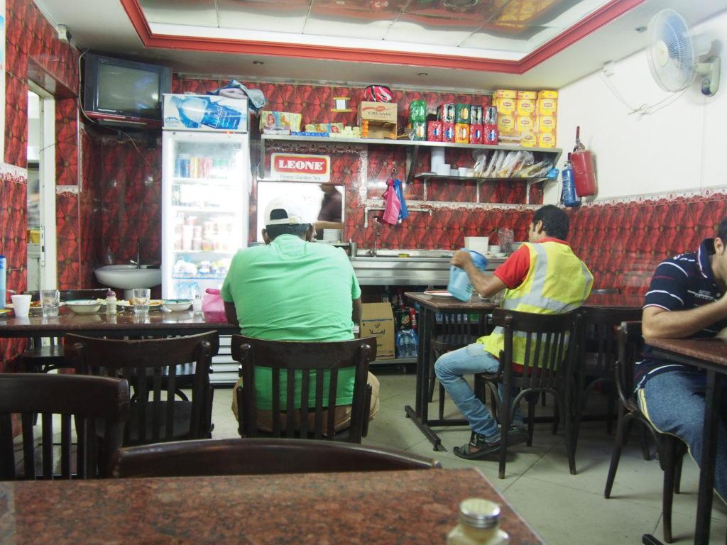 ドバイのローカル食堂